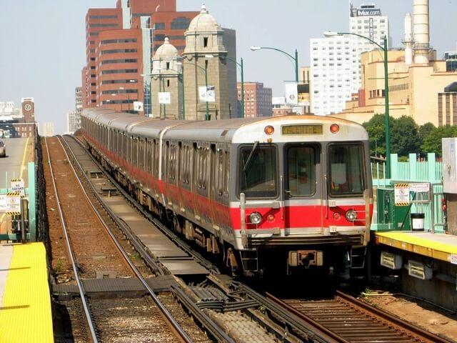 ボストン地下鉄レッドライン電車車体